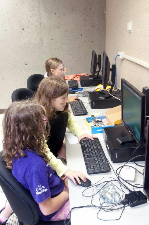 YC Kids' Camps youth in 2015 Minecraft code camp activity